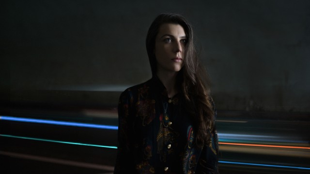 Julia Holter (Photo by Tonje Thilesen)