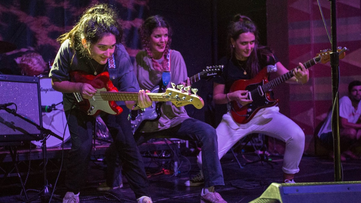 The Hinds at the Regent (Photo by Jessica Hanley)