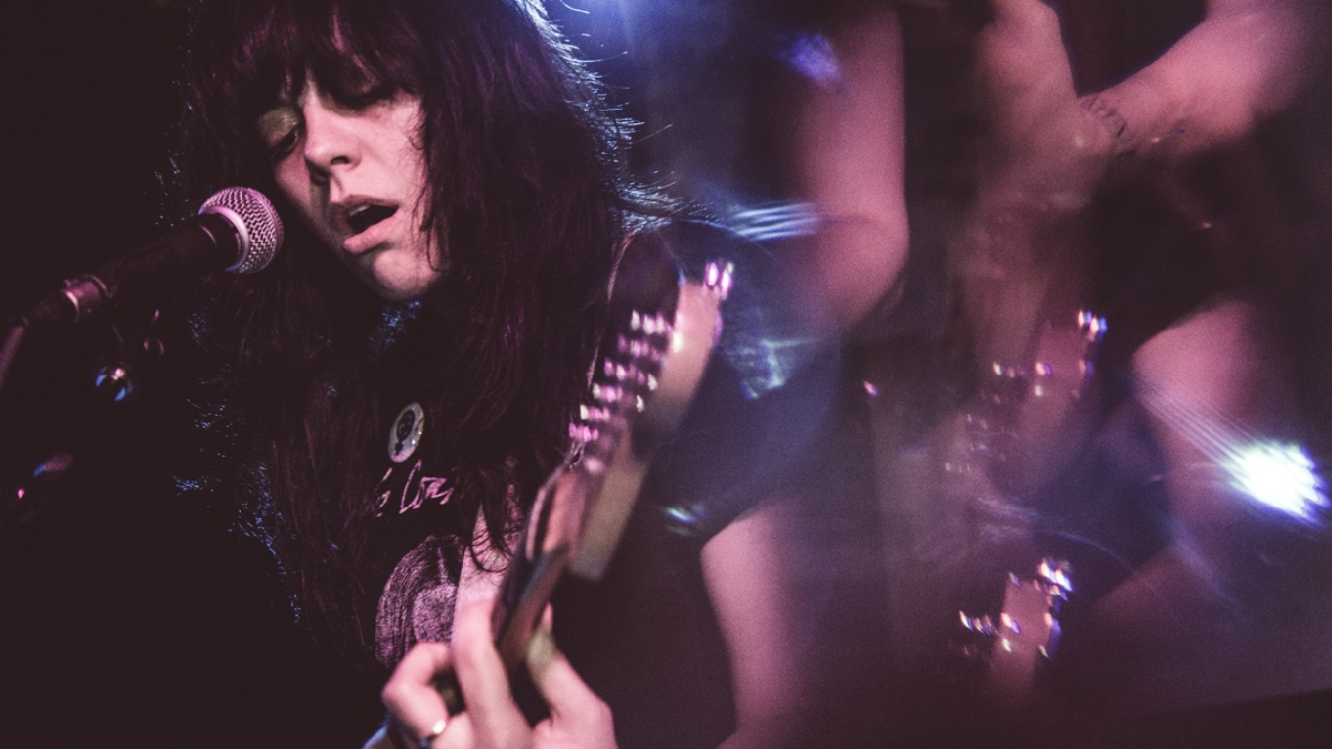 The Coathangers at Resident (Photo by Lexi Bonin)