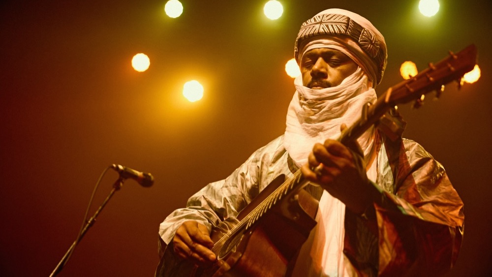 Tinariwen at the Fonda Theatre (Photo by David Benjamin)