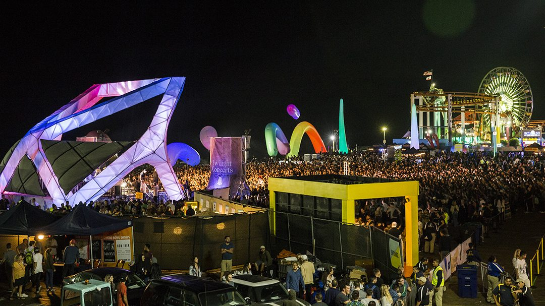 Scene from 2016 Twilight Concerts at the Santa Monica Pier (Photo by Carl Pocket)